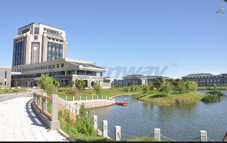 上海海洋大学临港校区景观水
